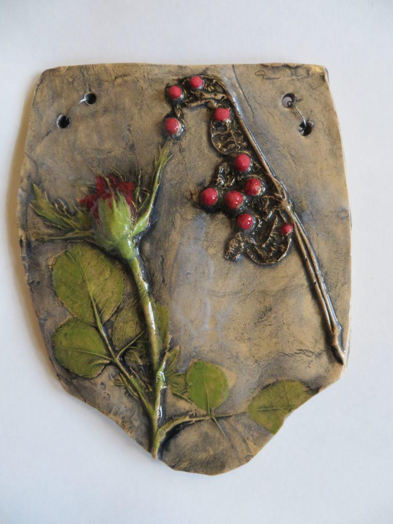 Sarah Caputo - Red Rose with Berries plaque - Ceramic - 16 x 13 cm - £25