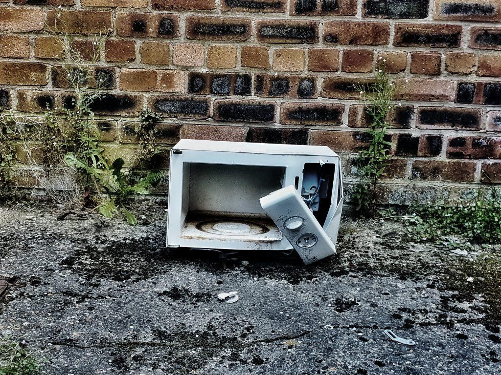 Pybus - Broken Appliance - Digital Print - 40 x 40 cm - £100